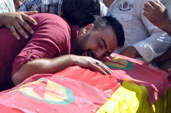 4 kişinin öldüğü Cizre'de hüzün ve gerginlik