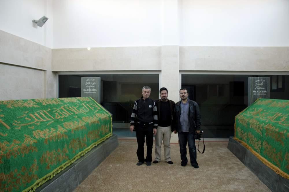 Gazetecilerden Türkiye'nin tek peygamber mezarlığına ziyaret