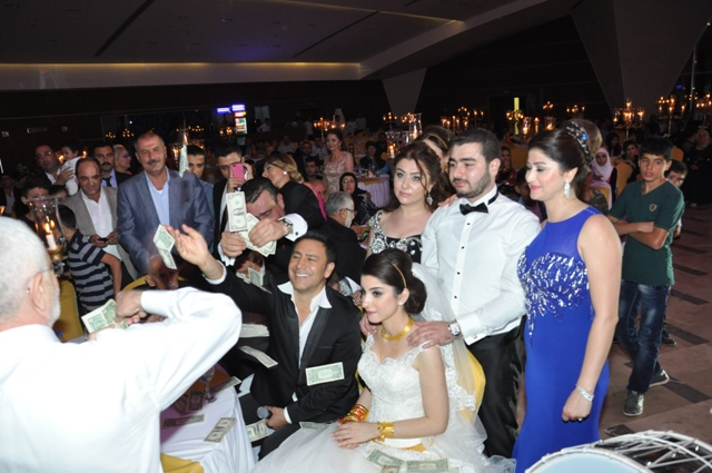 Hate Aşireti'nden muhteşem düğün