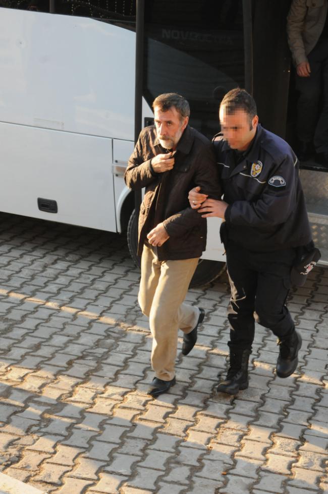 Emin Irmak görevden alındı, Belediyeye kayyum atandı