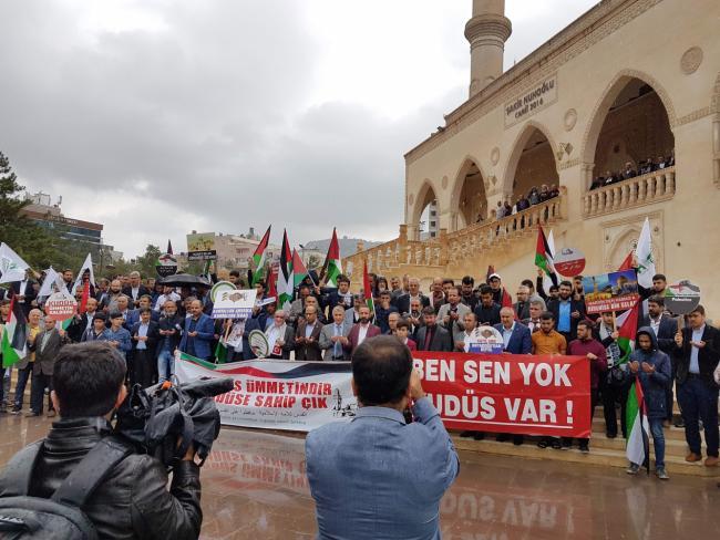 ABD, İsrail ve Fransa'ya karşı kitlesel tepki