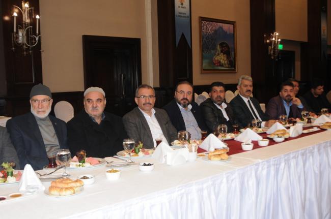 AK Parti STK'larla kahvaltıda buluştu