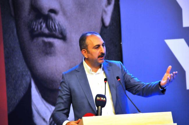 Bakan Gül, Artuklu Kongresine katıldı