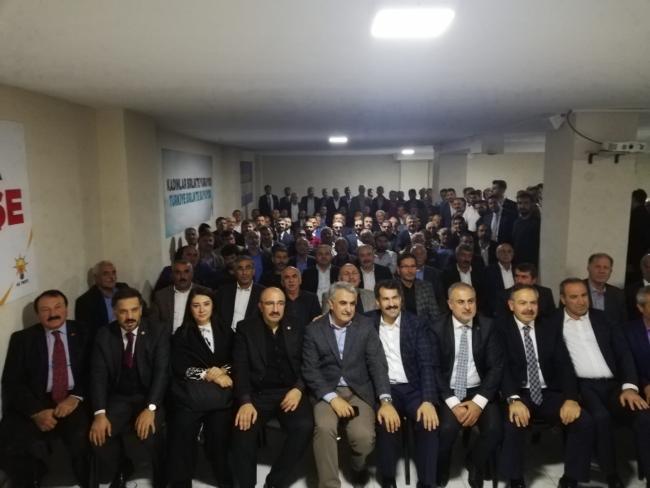 Erkan Kandemir, kongre öncesi ilçeleri geziyor