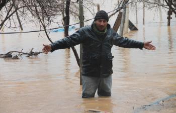 Kızıltepe'de aşırı yağış sel'e neden oldu