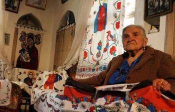Mardin'in sıradışı kadını: Nasra Teyze