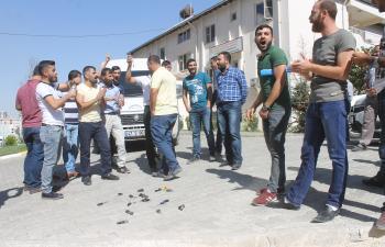 Serviscilerin belediyeye bağış tepkisi yol kapattırdı