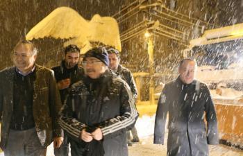 Vali Yaman Kar temizleme çalışmalarını denetledi