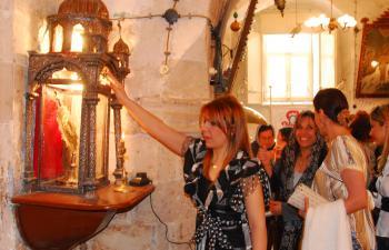 Süryaniler Noel'lerini Tarihi kilisede kutladı
