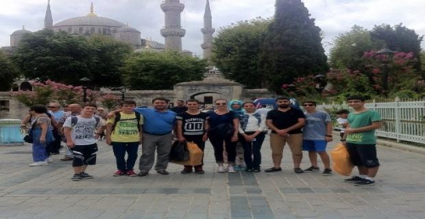 Yeşilli'de başarılı öğrencilere İstanbul gezisi