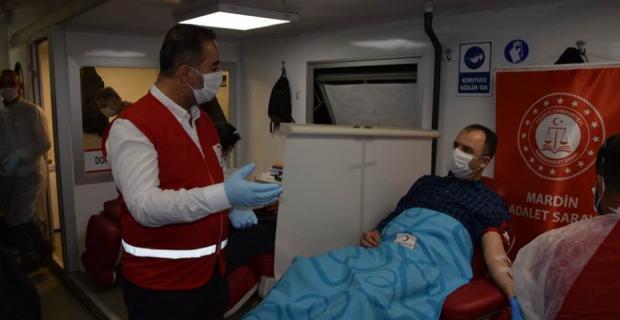 Cumhuriyet Başsavcısı Bektaş'tan kan bağışına destek