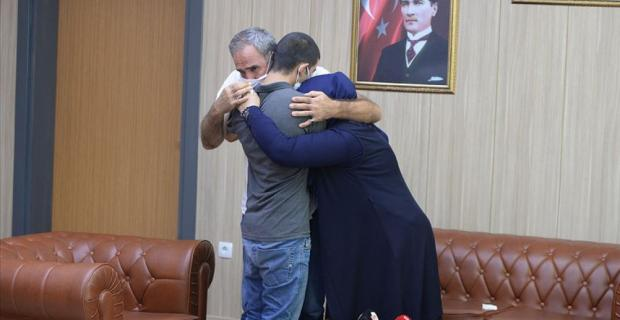 Şırnak'ta Teslim oldu, Mardin'de Ailesiyle buluştu