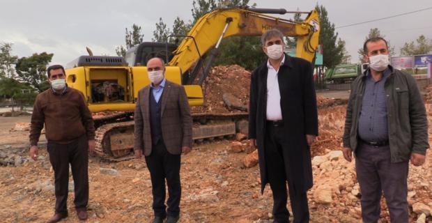 Ömerli'de sosyal ve sportif tesislerin içinde olduğu projeye ilk kazma vuruldu