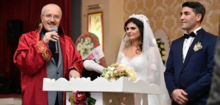 Mardin'de teftiş raporu: Manevi kızının düğün masrafları belediyeden karşılanmış