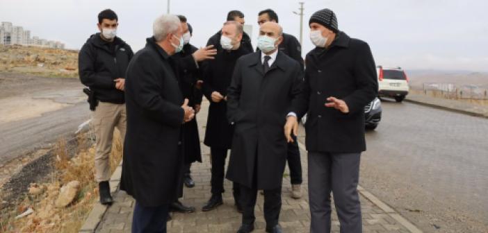 """Vali Demirtaş: """"Trafiği rahatlamak için çalışmalarımız devam ediyor"""""""
