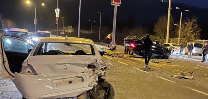 İki aracın karıştığı kaza ucuz atlatıldı