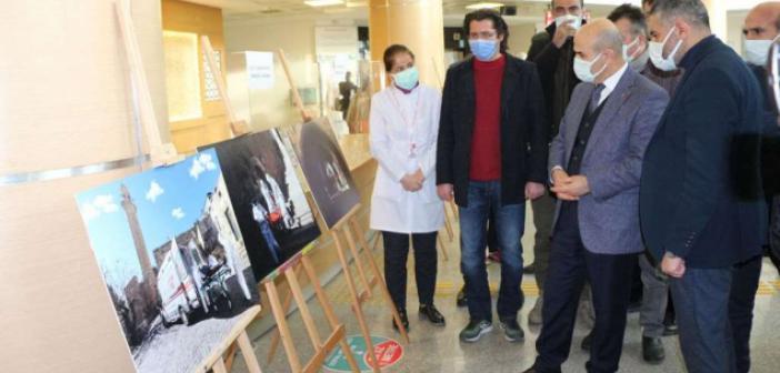 Sağlık çalışanlarını konu alan fotoğraf sergisi açıldı
