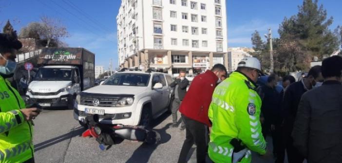 Trafik Kazası: Motosiklet Aracın Altında Kaldı