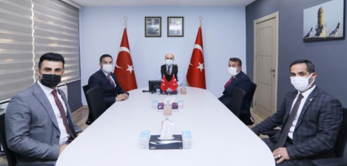 Vali Demirtaş, muhtarların sorun ve taleplerini dinledi