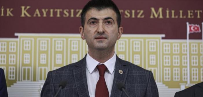 Chp İzmir Milletvekili Mehmet Ali Çelebi Kimdir? Neden İstifa Etti?