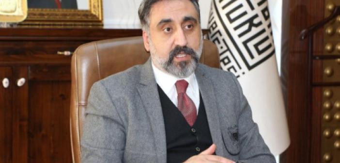 REKTÖR Prof. Dr. İbrahim Özcoşar kimdir? Aslen nerelidir? Kaç yaşındadır? işte ÖZGEÇMİŞİ