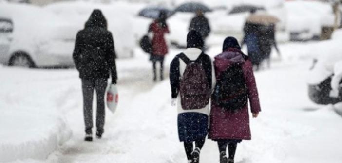 Kar yağışı ile okullar tatil edilecek mi? Kar tatili olacak mı? Kar yağışı başladı mı?