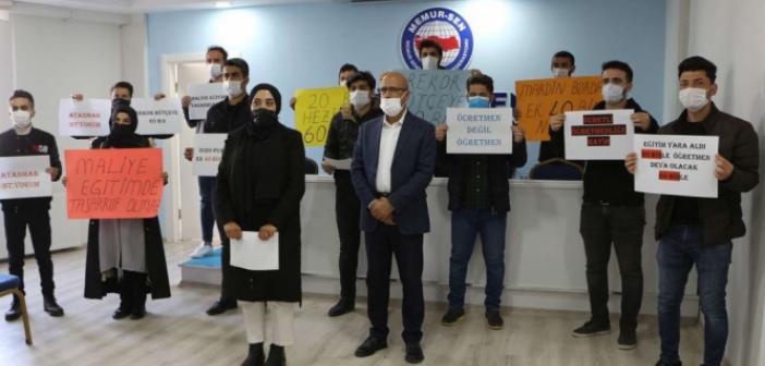Atanamayan Öğretmenler Ek 40 Bin Atama Talep Etiler