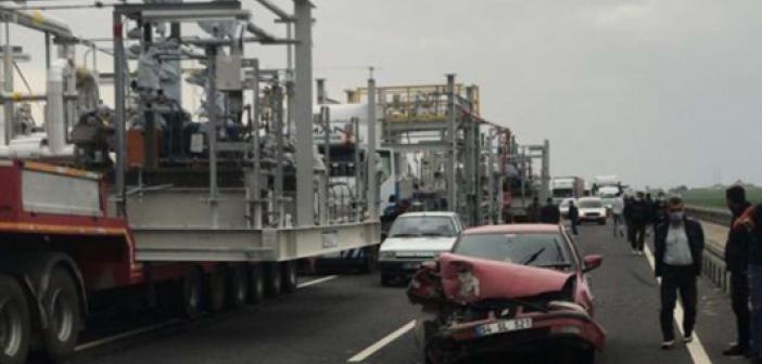 İpekyolu'nda kaza: 3 otomobil hasar gördü