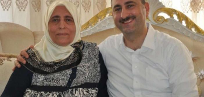 Adalet Bakanı Gül'ün annesi Saliha Gül kimdir? Aslen nerelidir? Kaç yaşında vefat etti? Hastalığı neydi? Taziyesi nerede olacak?
