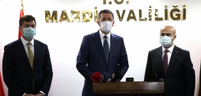 """Mardin'de Konuşan Bakan Selçuk'tan """"23 Nisan"""" açıklaması"""