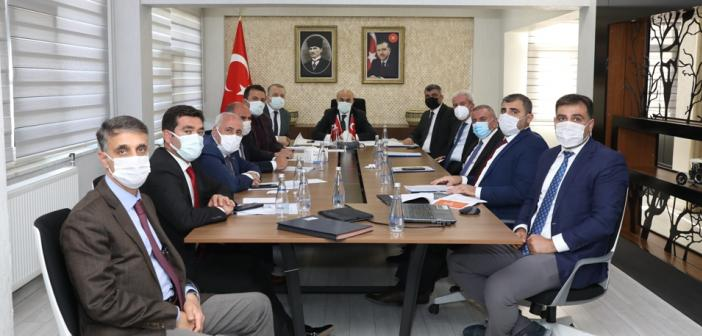 Vali Demirtaş İlçe Belediye Başkanları İle Bir Araya Geldi