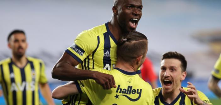 Fenerbahçe'den sezonun en hızlı başlangıcı! Fenerbahçe ligde kaçıncı sırada? Fenerbahçe'nin kaç puanı var?