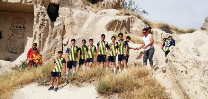 Mardinli Sporcular Hem Geziyor, Hem De Spor Yapıyor