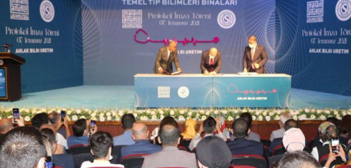 Mardin'de tıp fakültesi binalarının yapımı için imzalar atıldı