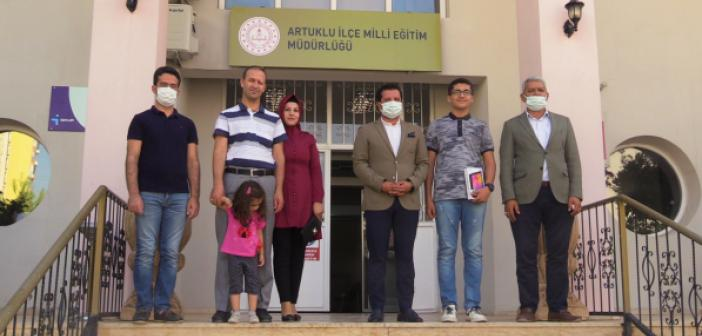 Mardinli İmamhatip Öğrencisi TÜBİTAK Fen Lisesini Kazandı!
