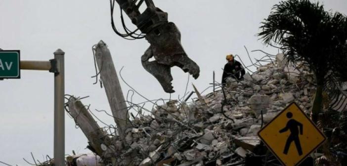 Miami'de çöken binada ölenlerin sayısı 28'e yükseldi: 117 kişi halen kayıp