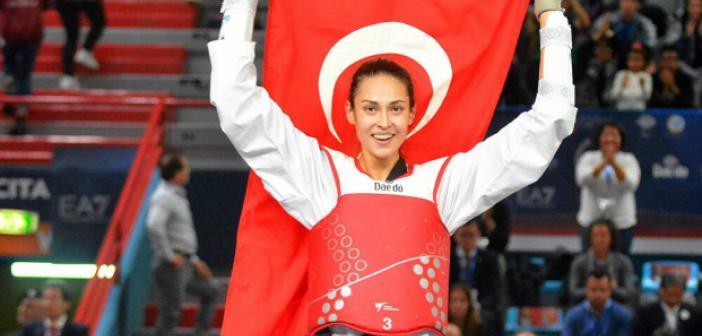 Milli tekvandocu Hatice Kübra İlgün kimdir? Hatice Kübra İlgün kaç yaşında, nereli? Hatice Kübra İlgün madalyaları ve başarıları ne? | 2020 Tokyo Olimpiyatları