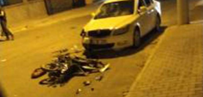 Otomobil ile motosikletin karıştığı kazada 2 kişi yaralandı