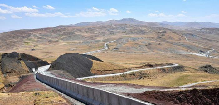 Van'ın İran'la olan 64 kilometrelik sınırında güvenlik duvarı inşa ediliyor