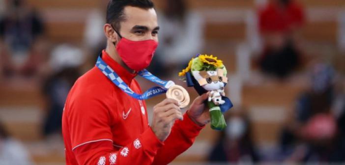 Tokyo'dan bir madalya daha! Ferhat Arıcan cimnastikte tarih yazdı!