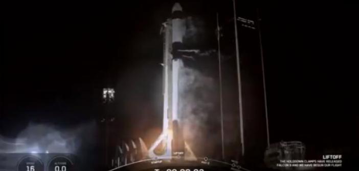 SpaceX roketi fırlatıldı