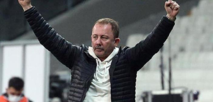 Futbolseverler Şenol Güneş'in istifasını, Sergen Yalçın'ın Milli Takım'ın başına geçmesini istiyor