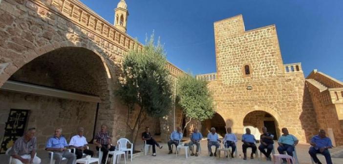 Huzur ortamı sağlandı Süryaniler Mardin'e dönmeye devam ediyor