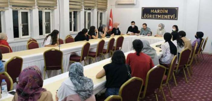 """MAÜ """"Destek Masası""""ndan misafirhanelere yerleştirilen öğrencilere ziyaret"""