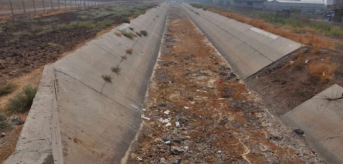 Sulama kanalından faydalanamayan çiftçiler 50 bin dönüm araziden verim alamadı