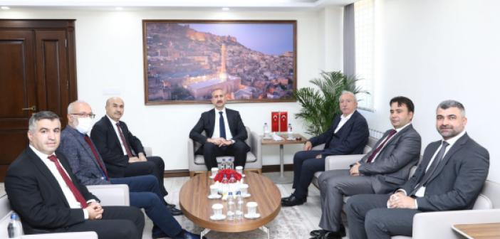 Adalet Bakanı Abdülhamit Gül'den Valiliğe Ziyaret