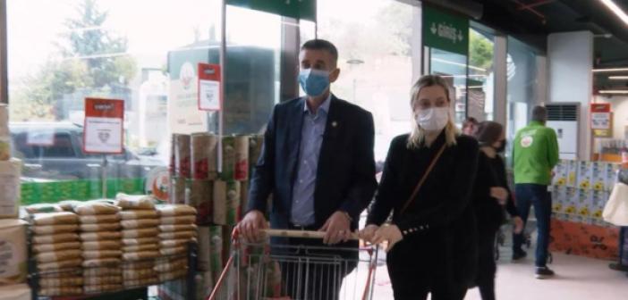 Erdoğan'ın alışveriş yaptığı markete İYİ Partili vekil de gitti! Fişi görünce asgari ücrete zam istedi