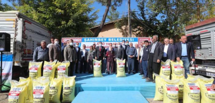 Gaziantep'te çiftlilere gübre desteği verildi