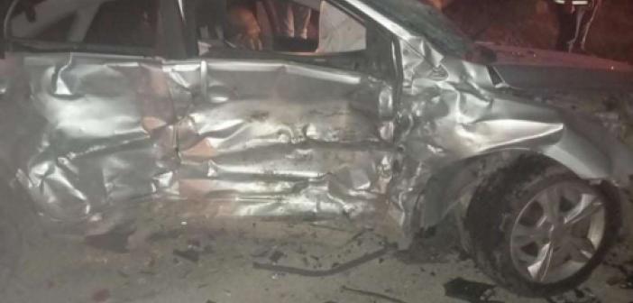 Gaziantep'te iki otomobil çarpıştı: 6 yaralı