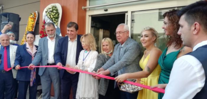İzmir'deki Mardinlileri buluşturan açılış